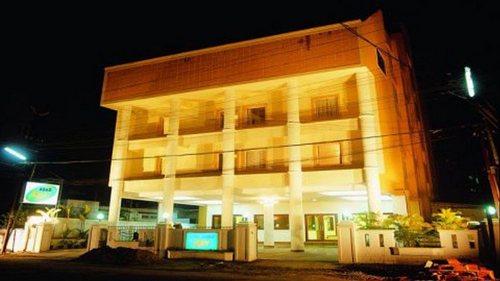 Kerala Hotels Budget Hotels In Kerala Resorts In Kerala